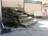 Hand Hewn Flagstones in free lengths combined with Cobbles